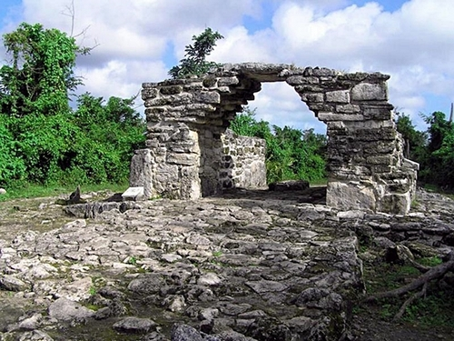 Cozumel Mayan Ruins and Beach Shore Excursion Cost