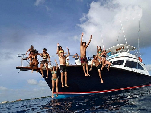 Cozumel Private Big Game Deep Sea Fishing Yacht Boat